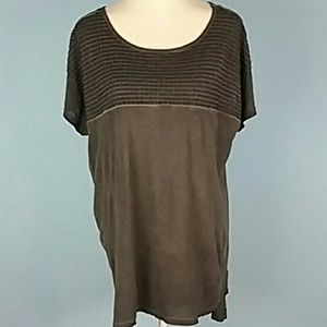 Dantelle nwt t shirt embroidery 2X high low gray